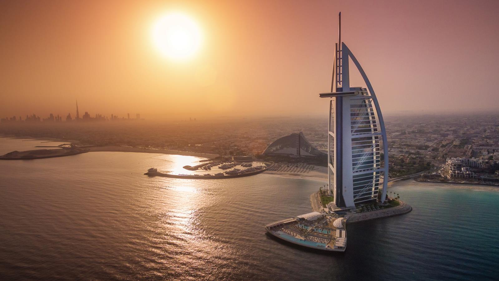 10 самых шикарных отелей и гостиниц мира