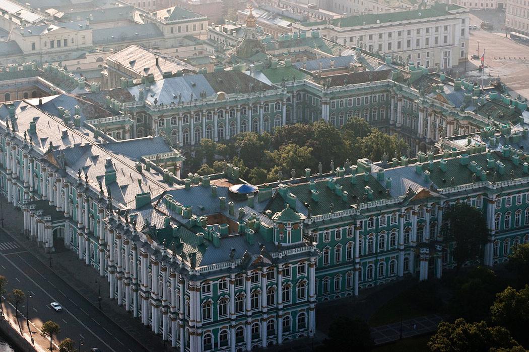Десятка самых роскошных дворцов и замков на территории России