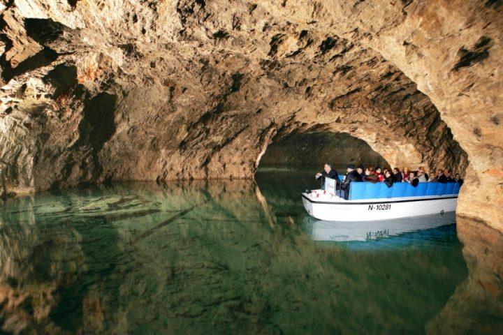 Подземное озеро Зеегроте
