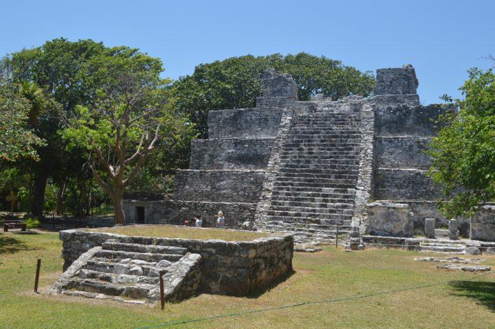 Археологическая зона Эль-Меко