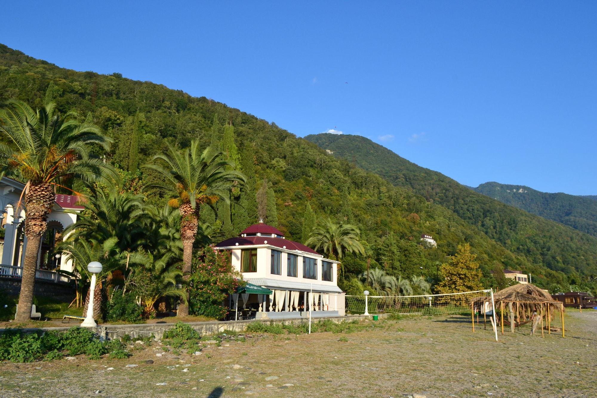 Где лучше отдохнуть в Абхазии?