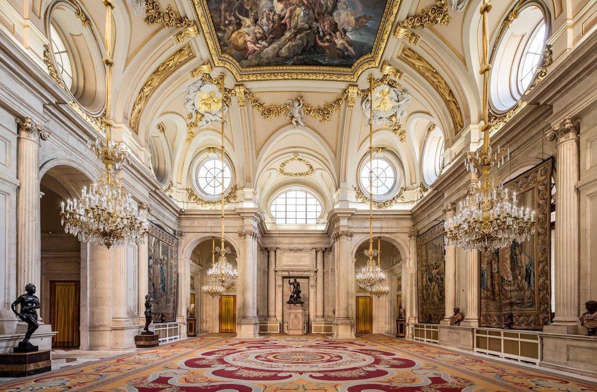 Королевский дворец Мадрида – восьмое чудо Испании